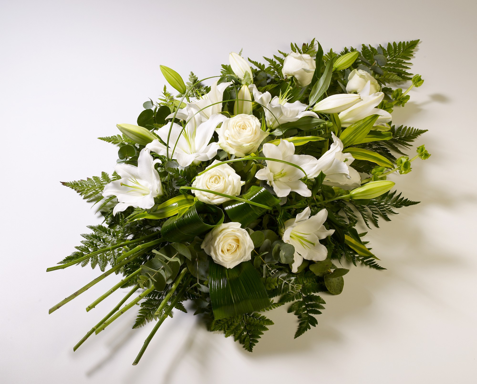 Express Condolences To Precious Ones With Funeral Flowers Set Of